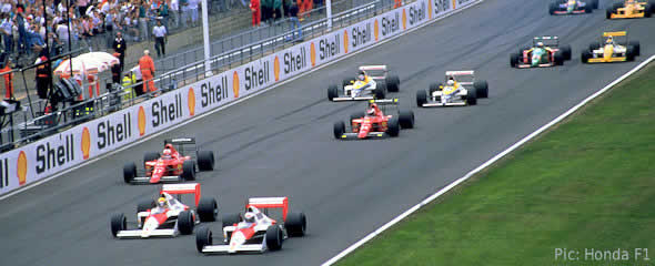 Senna and Prost lead the field away in the 1989 British GP