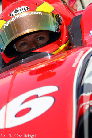 Pippa Mann in the #16 Panther Racing car
