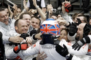 Victory in China for Jenson Button