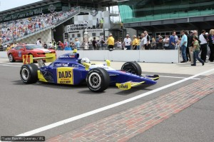 Mike Conway approaches the yard of bricks at the start/finish line