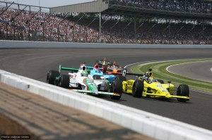 Tony Kanaan begins his charge from last to second