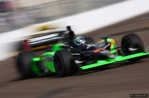 Mike Conway on track: his colours are the reverse of Danica's